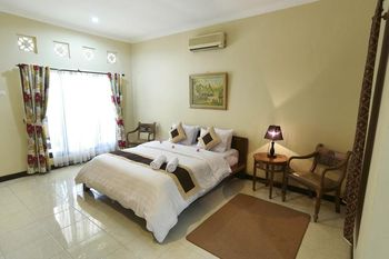 REVIVE Bogor Pendopo 45 Resort Bogor - Deluxe Executive Room Only Always On