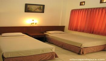 Wisma Gandapura Bandung - Standard Room AC Regular Plan
