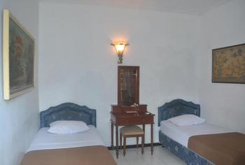 Srikandi Hotel Semarang Semarang - Superior Twin Room Only Regular Plan