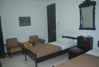 Srikandi Hotel Semarang Semarang - Deluxe Twin Room Only Regular Plan