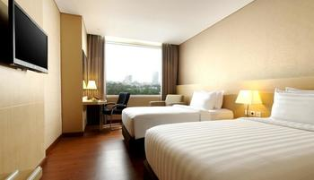 Santika Premiere Gubeng Surabaya - Deluxe Executive Room Twin Offer 2020 Last Minute Deal