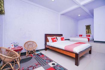OYO 1834 Family Homestay Probolinggo - Suite Family Regular Plan