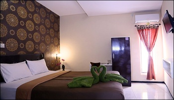 Omah Gajayana Syariah Homestay Malang - Standard Room Only Regular Plan