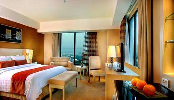 Grand Cityhall Hotel & Serviced Residences Medan Medan - Premier Deluxe Room With Breakfast Regular Plan