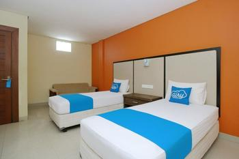 Airy Raya Legian 120 Kuta Bali - Deluxe Twin Room Only Special Promo Apr 24