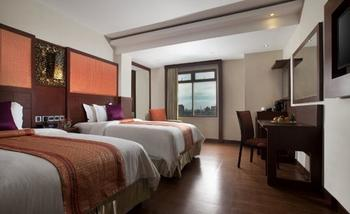 Best Western  Makassar - Deluxe Twin Non Smoking Room Only Promo Stay HEPI