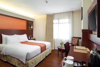 Best Western  Makassar - Superior Smoking Room Only Promo Stay HEPI