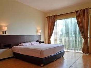 Pondok Jatim Park Malang - Deluxe Room with Breakfast Regular Plan