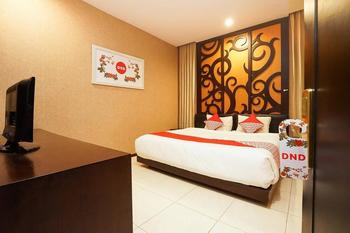OYO 252 istana permata ngagel Surabaya - Standard Double Room Regular Plan