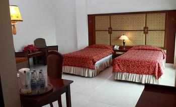 Hotel Grand Setia Kawan Solo - Deluxe Twin Bed Breakfast Regular Plan