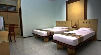 Kusuma Agrowisata Batu - Superior Room Twin Breakfast Include Regular Plan