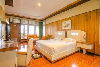 Kusuma Agrowisata Batu - Superior Cottage Double Breakfast Include  Regular Plan