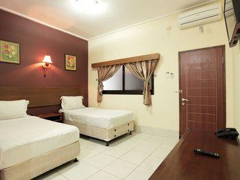 Hotel Sebelas Syariah Bandung - Standard Twin Regular Plan