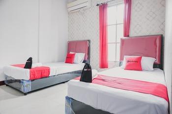 RedDoorz near Nagoya HIll Batam 4 Batam - RedDoorz Twin Room Best Deal