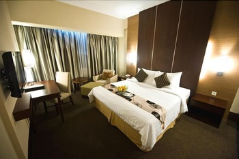 Emerald Garden Hotel Medan - Executive Junior Suite Regular Plan