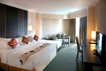 Emerald Garden Hotel Medan - Family Room Regular Plan