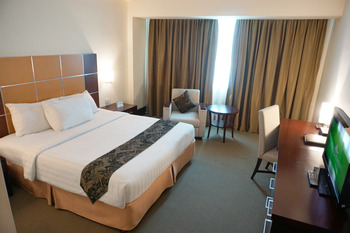 Emerald Garden Hotel Medan - Superior Room Only Regular Plan