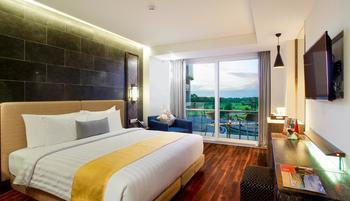Swiss-Belresort Pecatu Bali - Deluxe Balcony King Regular Plan