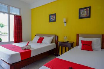 RedDoorz @ Prawirotaman Jogja - RedDoorz Deluxe Twin Room With Breakfast AntiBoros