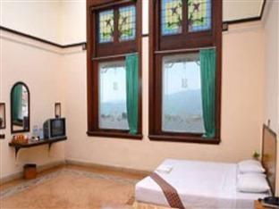 Hotel Niagara Malang - Standard Regular Plan