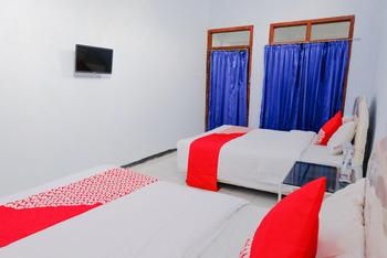 OYO 421 Alianda Guest House Syariah Malang - Standard Twin Room Regular Plan