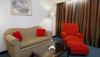 Sunlake Hotel Jakarta - Deluxe King Room, Room Only For 1 Person Regular Plan