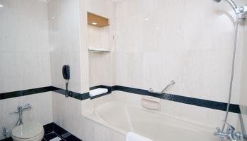 Sunlake Hotel Jakarta - Executive Double Room With Breakfast Regular Plan