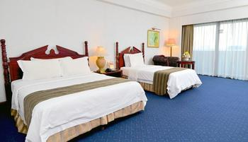 Sunlake Hotel Jakarta - Executive Triple Room With Breakfast For 3 Person Regular Plan