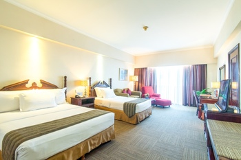 Sunlake Hotel Jakarta - Deluxe Triple Room, Room Only For 3 Person Min Stay Promo