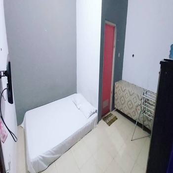 Griya Euis dan Aisha Syariah Serang - Deluxe Room Only NR Minimum Stay 2 Nights