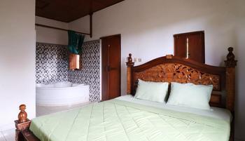 Yuliati House Bali - Standard Room Only MS 3N