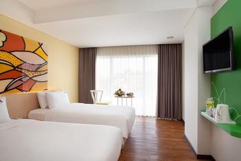 MaxOneHotels Sukabumi - Deluxe  (Twin Room Inc Bfast) Flexible Stay