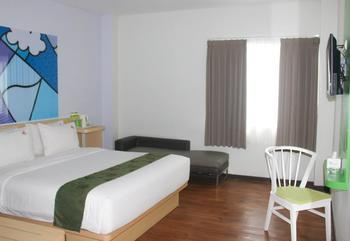 MaxOneHotels Sukabumi - Deluxe (Double Room Only) Flexible Stay