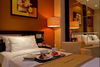 Prime Royal Hotel Surabaya - Deluxe Room only double Bed Regular Plan