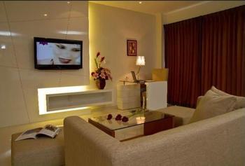 Prime Royal Hotel Surabaya - Junior Suite Room Regular Plan