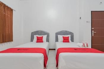 RedDoorz near Mall Ramayana Rapak Balikpapan Balikpapan - RedDoorz Twin Room Basic Deal