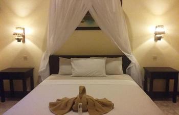 Dewi Bulan Bungalows Bali - Standard Family Room with Breakfast Regular Plan