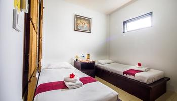 Al-Isha Hotel Bali - Superior Twin Regular Plan