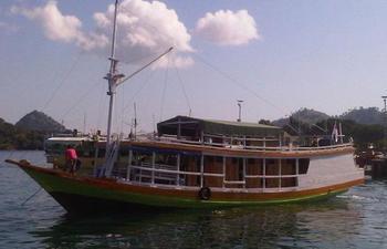 Komodo Cruise Boat