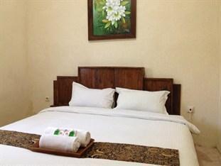 Larasati Guest House Yogyakarta - Standard Room Menginap sekarang