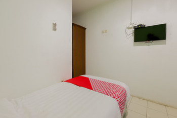 OYO 883 Pavo Resort Bogor - Deluxe Twin Room Regular Plan