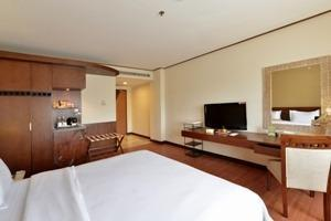 Banana Inn Hotel Bandung - Deluxe Room Only Minstay Promotion