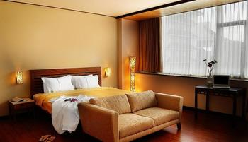 Banana Inn Hotel Bandung - Executive Room With Breakfast Nevember Special Deal
