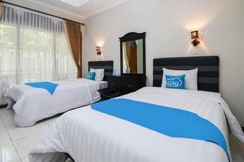 Airy Syariah Panglima Sudirman 16 Probolinggo - Deluxe Twin Room Only Regular Plan