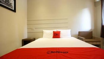 RedDoorz Plus @ Jalan Damai 2 Yogyakarta - RedDoorz Room BD