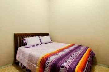 Nurudin House Magelang - Standard Room AC Room Only FC MS2N 40%