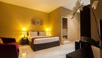 The Sunset Point Hotel Seminyak - Suite Room with Breakfast Length Of Stay