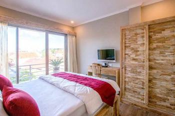 Jimbaran 5 Guest House Bali - SALE Room Regular Plan