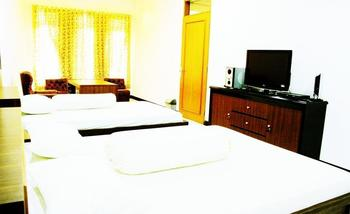 Rumah Pinus Guesthouse Bandung - Family Room Only Regular Plan