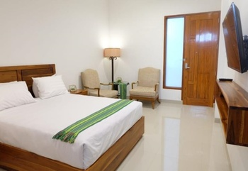 Flobamor City Hotel Kupang - Superior Double Bed Regular Plan